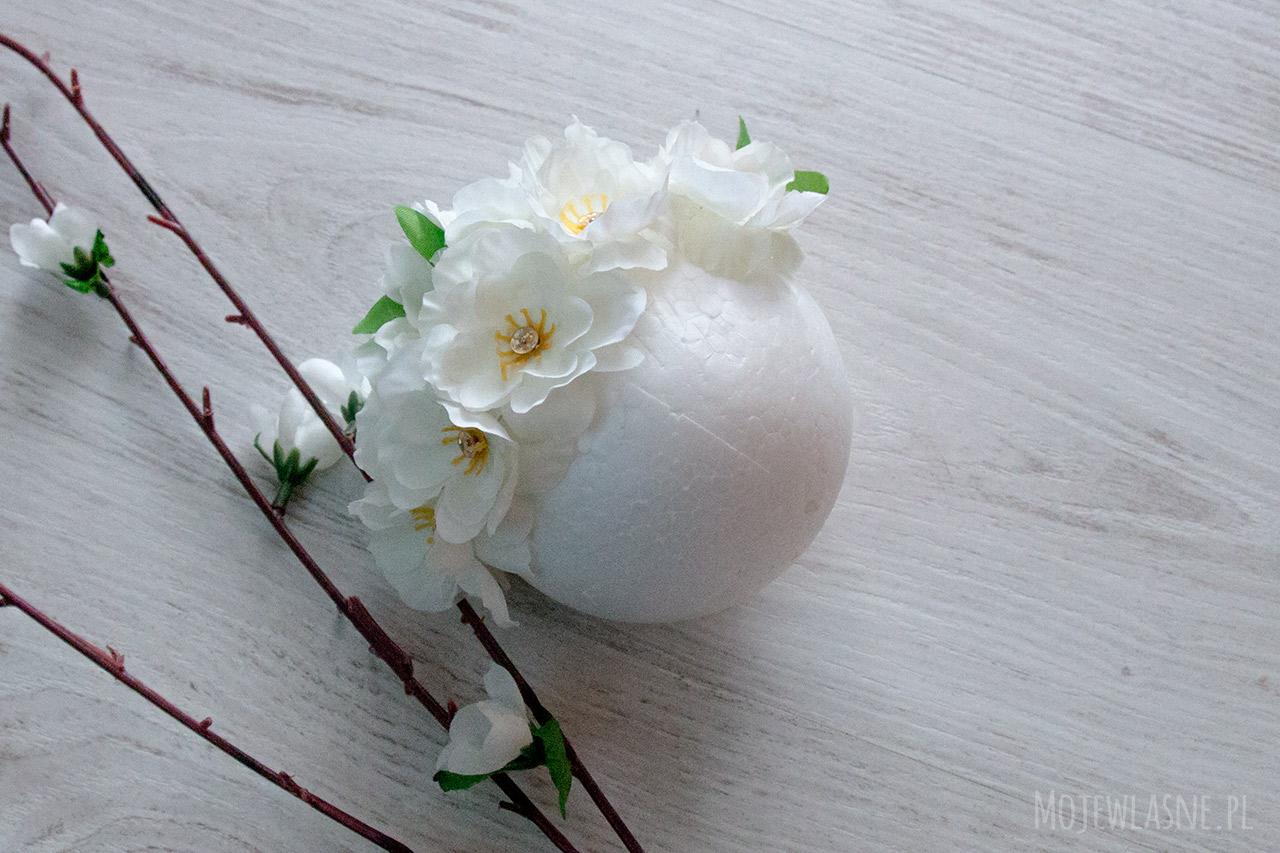 jak zrobić kulę z kwiatów