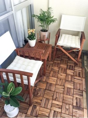 balkon podłoga drewniana