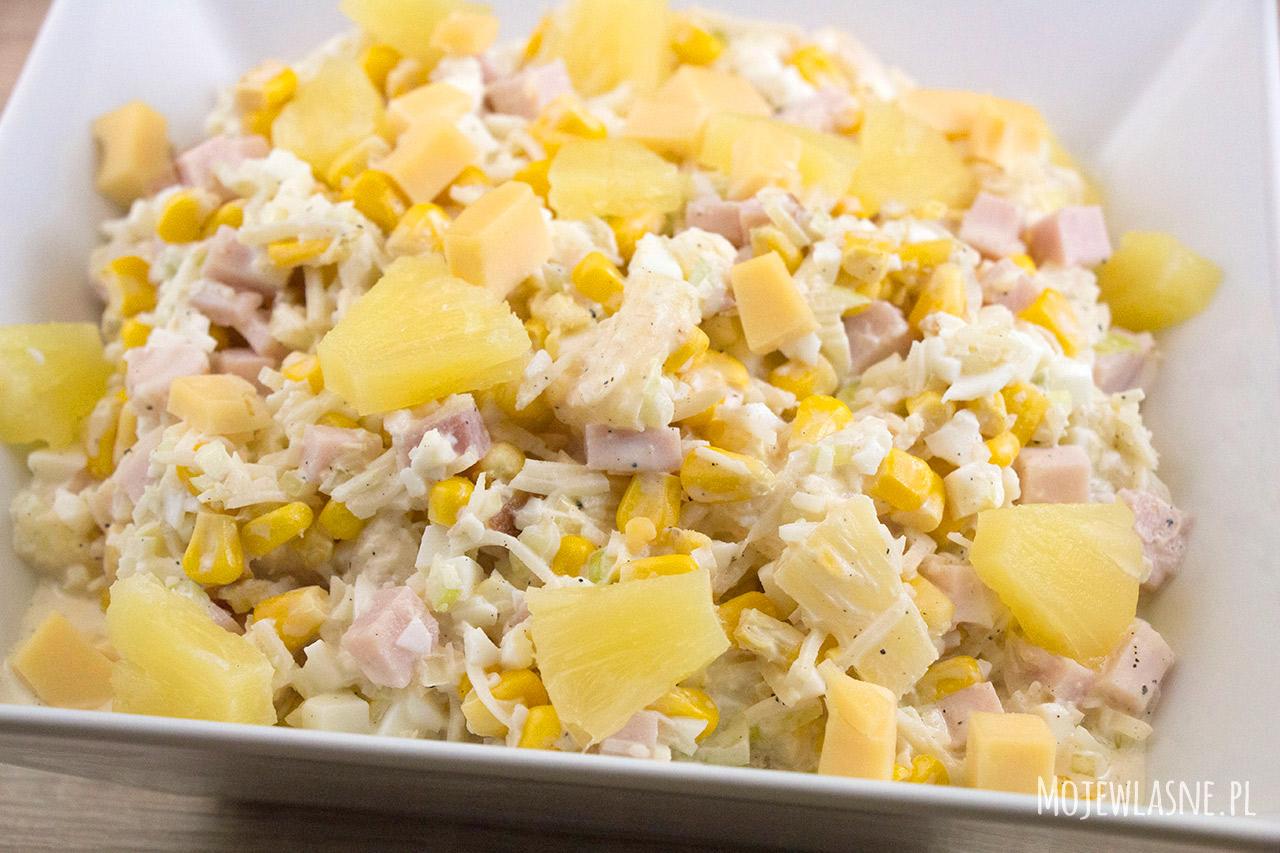 Sałatka z kukurydzy i ananasa