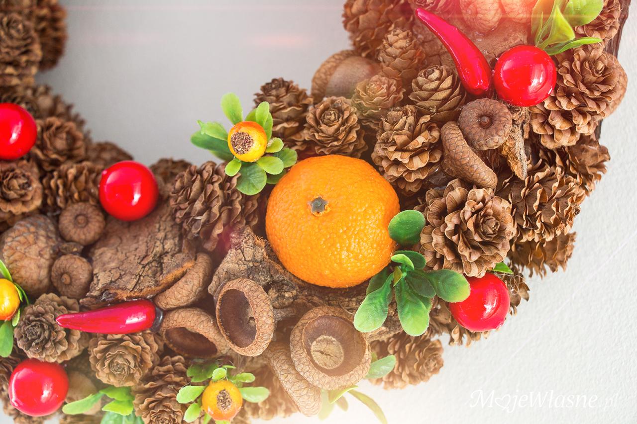 DIY Wianek jesienny na drzwi z szyszkami