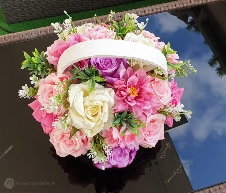 DIY Flower box ze sztucznych kwiatów
